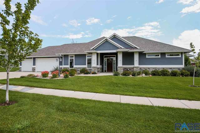 512 S Red Spruce Ave, Sioux Falls, SD 57110 (MLS #22105759) :: Tyler Goff Group