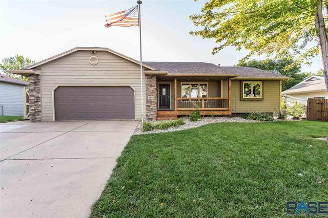 1401 S Sunny View Dr, Sioux Falls, SD 57110 (MLS #22105775) :: Tyler Goff Group