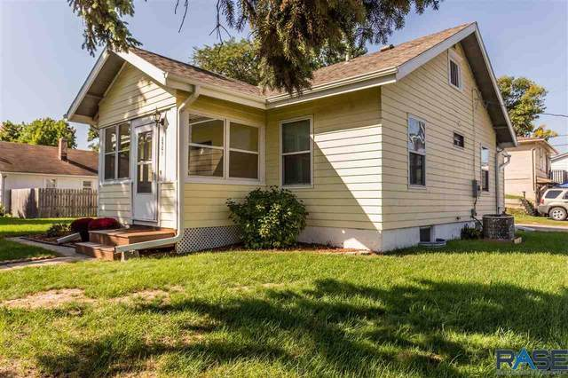 2501 S Norton Ave, Sioux Falls, SD 57105 (MLS #22105809) :: Tyler Goff Group