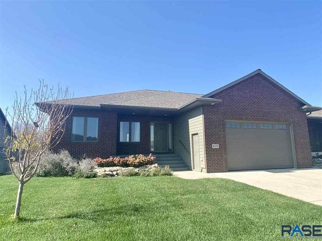 8003 S Parkwood Ave, Sioux Falls, SD 57108 (MLS #22106034) :: Tyler Goff Group