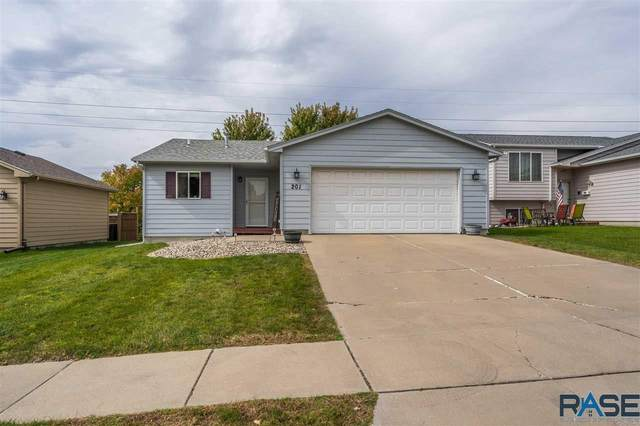 201 S Foss Ave, Sioux Falls, SD 57110 (MLS #22106046) :: Tyler Goff Group