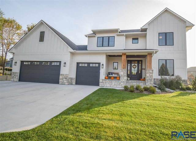1204 S Sugar Maple Dr, Sioux Falls, SD 57110 (MLS #22106105) :: Tyler Goff Group