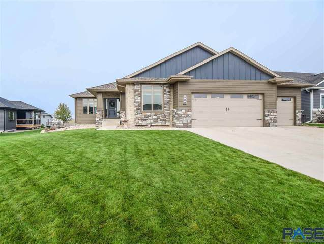 405 N Willow Creek Ave, Sioux Falls, SD 57110 (MLS #22106113) :: Tyler Goff Group
