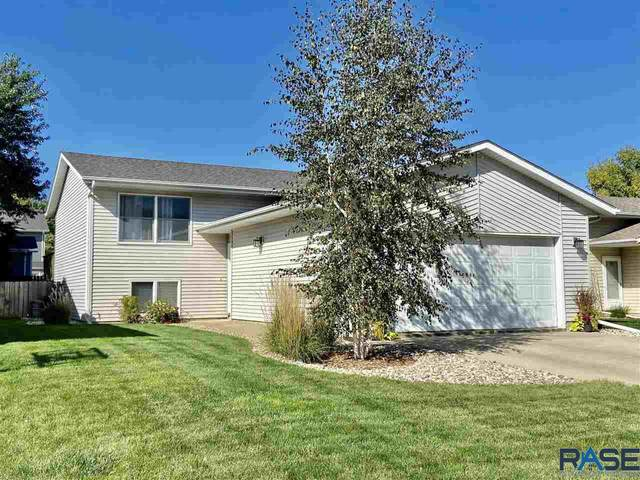 813 S Suburban Dr, Sioux Falls, SD 57110 (MLS #22106123) :: Tyler Goff Group