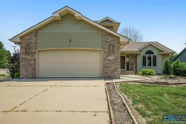 324 La Salle Ave, Sioux Falls, SD 57110 (MLS #22106134) :: Tyler Goff Group