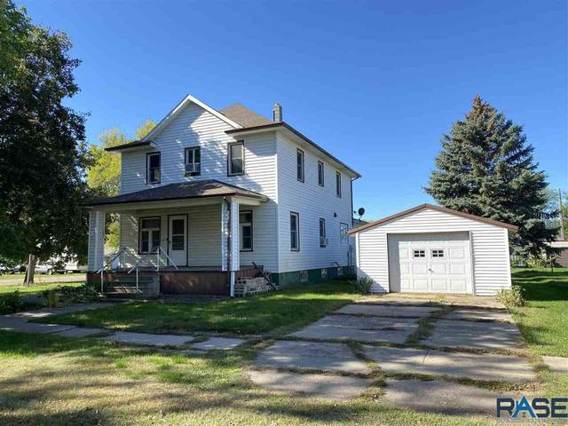 411 S Pearl St, Menno, SD 57045 (MLS #22106160) :: Tyler Goff Group