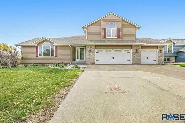 7101 W Selkirk Trl, Sioux Falls, SD 57106 (MLS #22106257) :: Tyler Goff Group