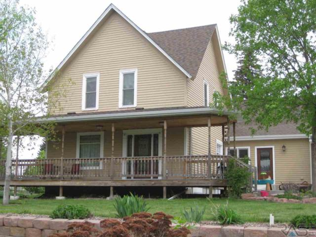 302 E 9th St, Dell Rapids, SD 57022 (MLS #21801942) :: Tyler Goff Group