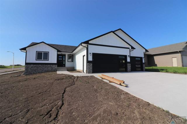 8801 W 21 St, Sioux Falls, SD 57106 (MLS #21804069) :: Tyler Goff Group