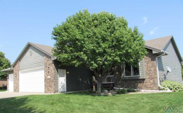 3408 S Fernwood Ave, Sioux Falls, SD 57110 (MLS #21804832) :: Tyler Goff Group