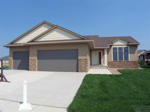 7004 E 40th St, Sioux Falls, SD 57110 (MLS #21804857) :: Tyler Goff Group