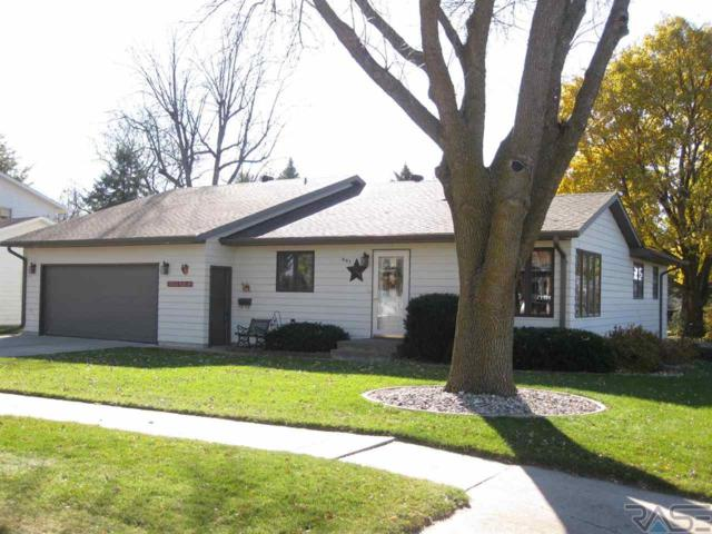 201 E 9th St, Dell Rapids, SD 57022 (MLS #21806648) :: Tyler Goff Group