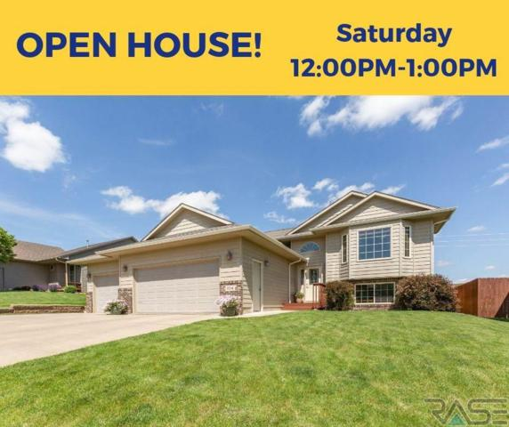104 N Dewberry Ave, Sioux Falls, SD 57110 (MLS #21903885) :: Tyler Goff Group