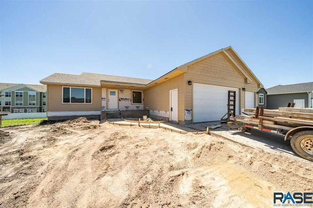 4901 E 53rd St, Sioux Falls, SD 57110 (MLS #22001103) :: Tyler Goff Group