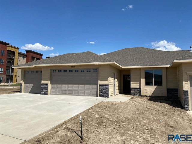 4344 N Knob Hill Ct, Sioux Falls, SD 57107 (MLS #22002157) :: Tyler Goff Group