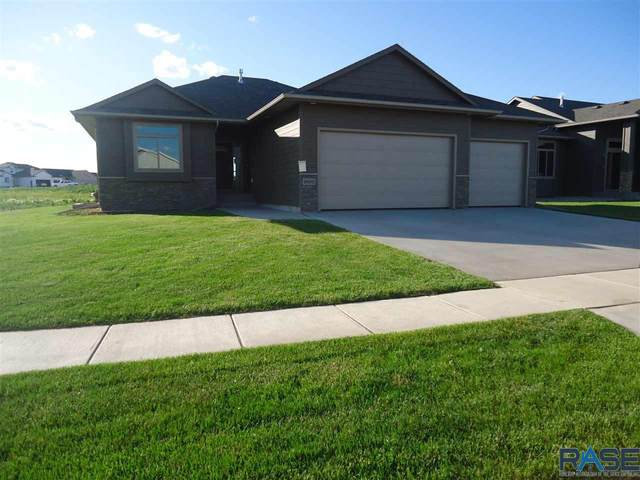 6800 E Dugout Ln, Sioux Falls, SD 57110 (MLS #22003284) :: Tyler Goff Group