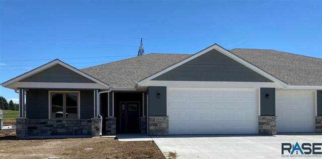 508 S Red Spruce Ave, Sioux Falls, SD 57110 (MLS #22003598) :: Tyler Goff Group
