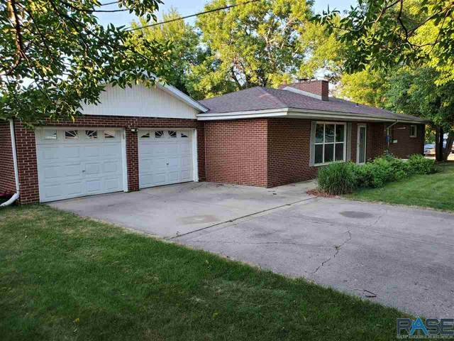 4512 E 19th St, Sioux Falls, SD 57110 (MLS #22004576) :: Tyler Goff Group
