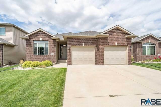 2504 E Winston Cir, Sioux Falls, SD 57108 (MLS #22004761) :: Tyler Goff Group