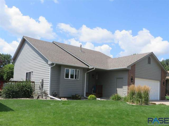 2415 S Alpine Ave, Sioux Falls, SD 57110 (MLS #22004912) :: Tyler Goff Group