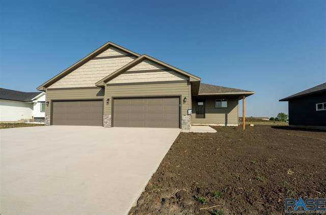 1320 N Cole Ave, Tea, SD 57064 (MLS #22005975) :: Tyler Goff Group