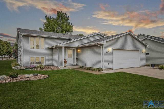 5816 W Clay St, Sioux Falls, SD 57106 (MLS #22006111) :: Tyler Goff Group