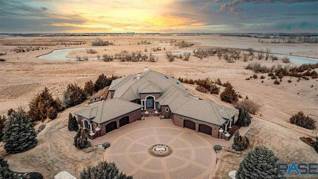 40580 250th St, Mitchell, SD 57301 (MLS #22007157) :: Tyler Goff Group