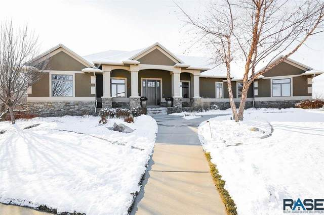 8709 E Torchwood Ln, Sioux Falls, SD 57110 (MLS #22007163) :: Tyler Goff Group