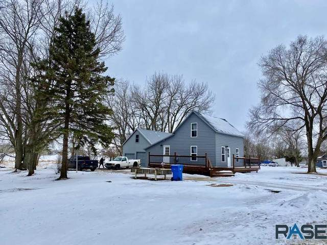 711 SW 4th St, Madison, SD 57042 (MLS #22100135) :: Tyler Goff Group