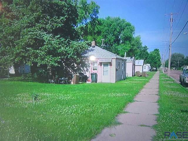 501 S Holly Ave, Sioux Falls, SD 57104 (MLS #22100159) :: Tyler Goff Group