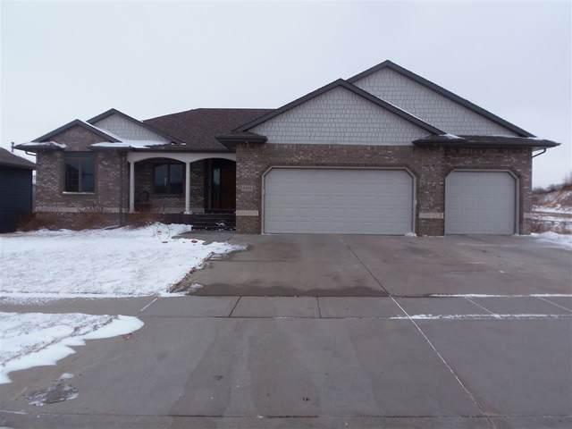 3408 E Broken Arrow St, Sioux Falls, SD 57103 (MLS #22100197) :: Tyler Goff Group