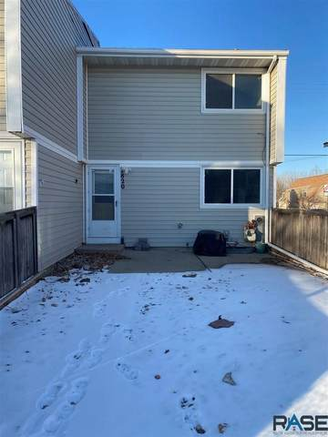 1820 S Cleveland Ave, Sioux Falls, SD 57103 (MLS #22100351) :: Tyler Goff Group