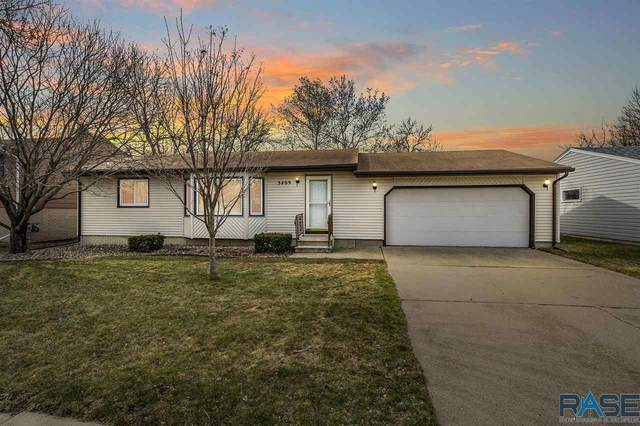 5409 W 24th St, Sioux Falls, SD 57106 (MLS #22101505) :: Tyler Goff Group