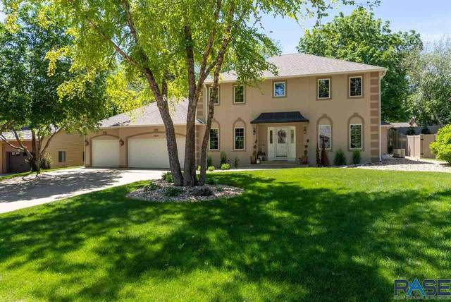 2909 W Spruceleigh Ct, Sioux Falls, SD 57105 (MLS #22101792) :: Tyler Goff Group