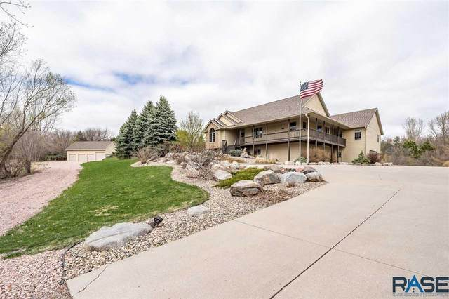 1501 S Brookview Pl, Sioux Falls, SD 57110 (MLS #22101848) :: Tyler Goff Group