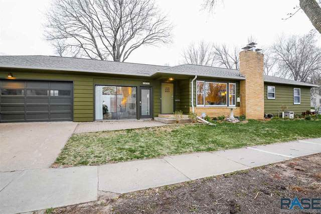 200 W 29th St, Sioux Falls, SD 57105 (MLS #22101949) :: Tyler Goff Group