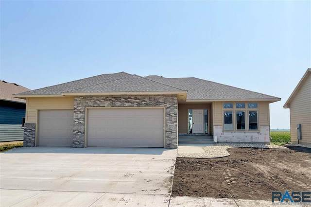 6500 S Badlands Ave, Sioux Falls, SD 57108 (MLS #22102076) :: Tyler Goff Group