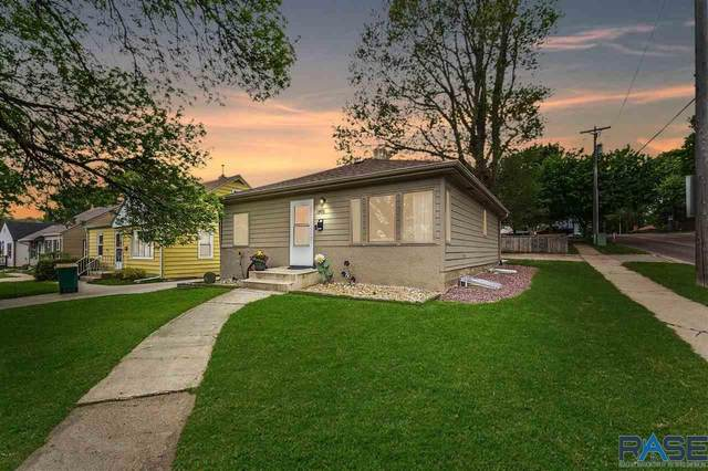 1801 S West Ave, Sioux Falls, SD 57105 (MLS #22102781) :: Tyler Goff Group