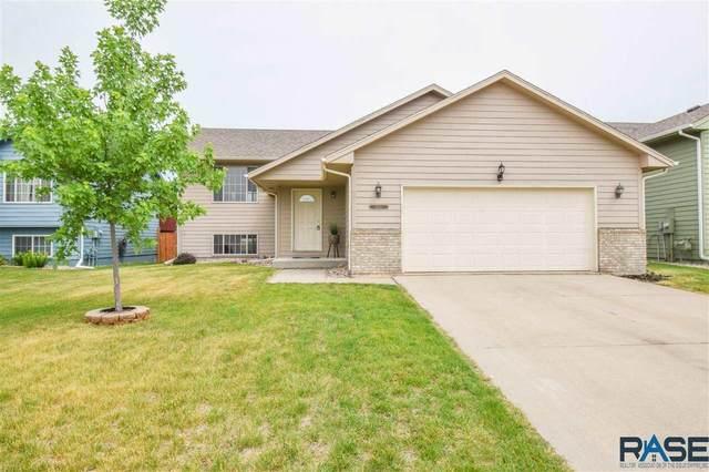 1400 E 68th St N N, Sioux Falls, SD 57104 (MLS #22103258) :: Tyler Goff Group