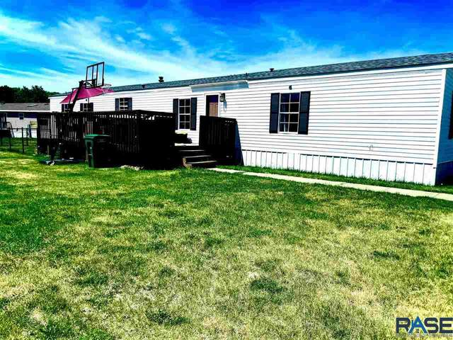 1603 E Sage Pl, Sioux Falls, SD 57103 (MLS #22103285) :: Tyler Goff Group