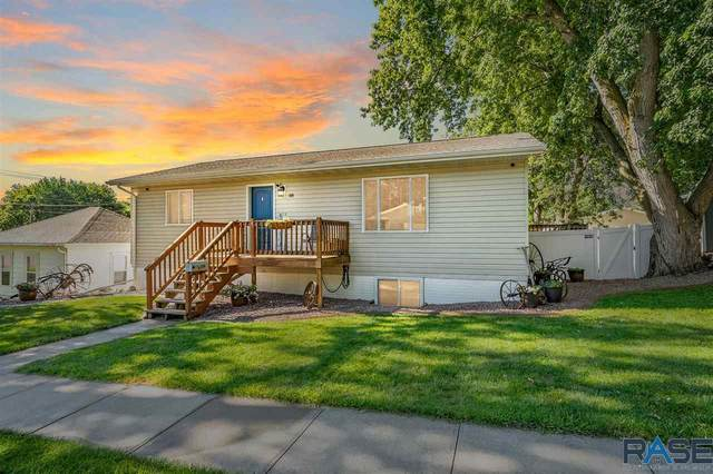 109 E 5th St, Dell Rapids, SD 57022 (MLS #22103489) :: Tyler Goff Group