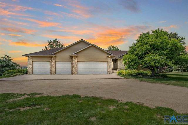 1900 S Bill Dr, Sioux Falls, SD 57110 (MLS #22103756) :: Tyler Goff Group