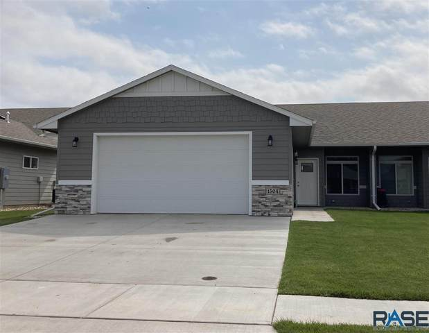 1504 S Foss Ave, Sioux Falls, SD 57110 (MLS #22103943) :: Tyler Goff Group