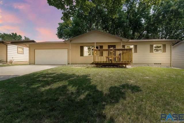 316 N Meyer Ln, Sioux Falls, SD 57103 (MLS #22104171) :: Tyler Goff Group