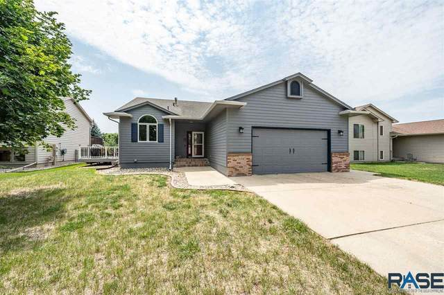 7405 W Strabane St, Sioux Falls, SD 57106 (MLS #22104319) :: Tyler Goff Group
