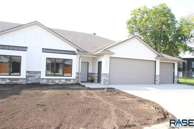 5511 W Cardinal Cove Pl, Sioux Falls, SD 57106 (MLS #22104622) :: Tyler Goff Group