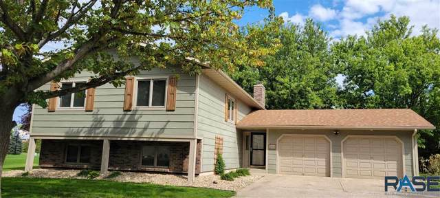 203 10th Ave Nw NW, Pipestone, MN 56164 (MLS #22105486) :: Tyler Goff Group