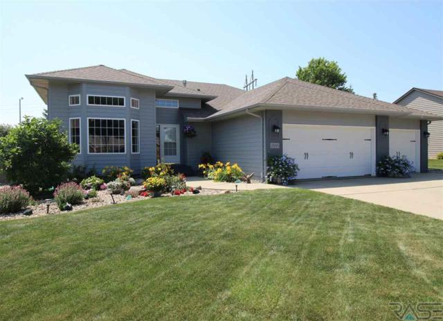 2009 S Campbell Trl, Sioux Falls, SD 57106 (MLS #21800840) :: Tyler Goff Group