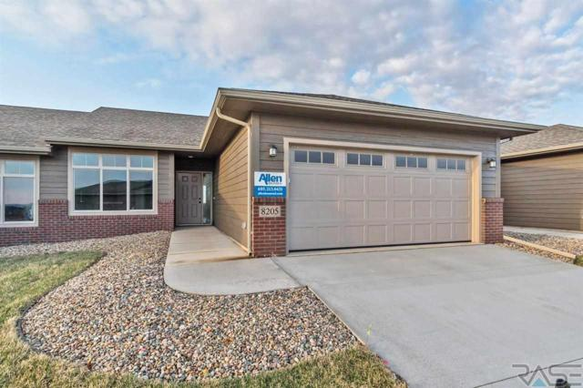 8205 W Monroe Pl, Sioux Falls, SD 57106 (MLS #21800311) :: Tyler Goff Group