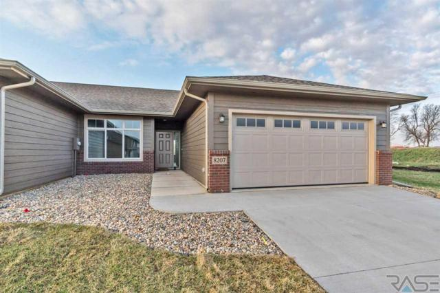 8207 W Monroe Pl, Sioux Falls, SD 57106 (MLS #21800313) :: Tyler Goff Group